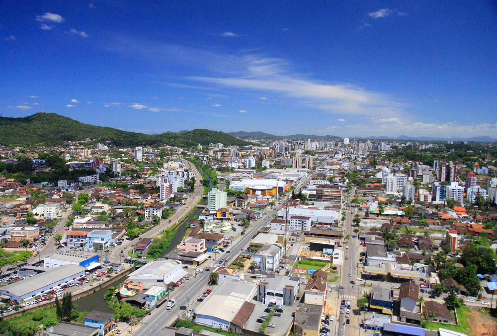 Em Joinville, qual localização mais combina com você?